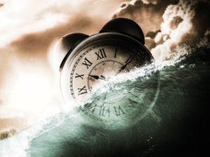 clock in water